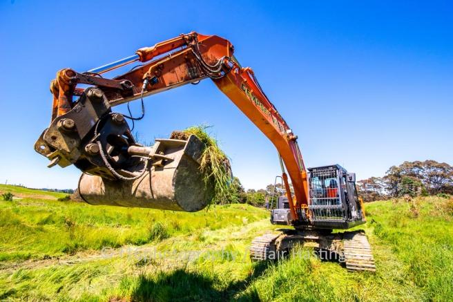 f16-DW-Halls-Farm-Excavator-HIGHRES-1